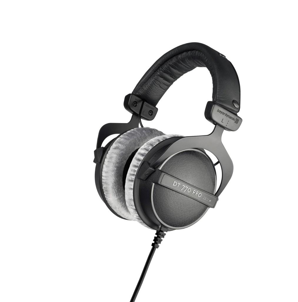 Best Radio Headphones For Your Station