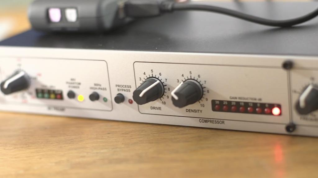 DBX 286S Microphone Processor (Close Up)