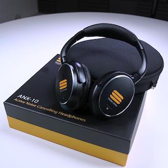 ANX-10 Headphones Package
