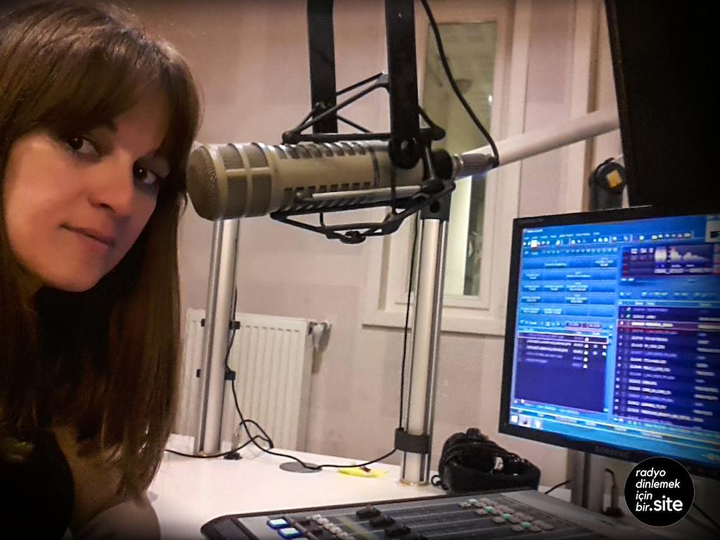 Sezen - RDiB Radio